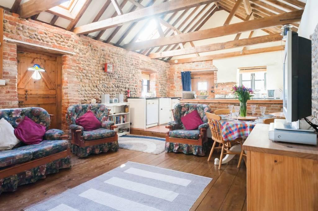 The full beauty of the open plan living room
