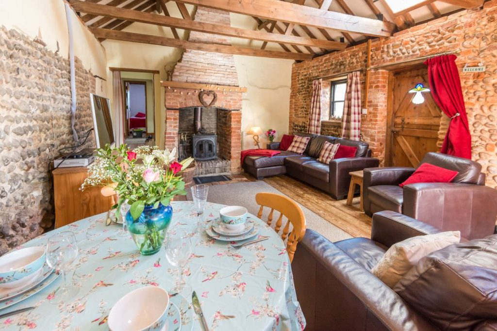 Open plan living at Bramble Cottage